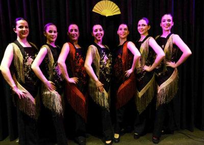 180415-Espectaculo-baile-feria-abril-grupo
